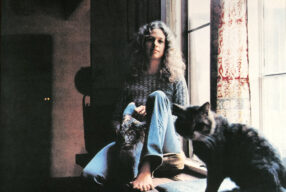 CLASSIC '70s: Carole King – 'Tapestry'